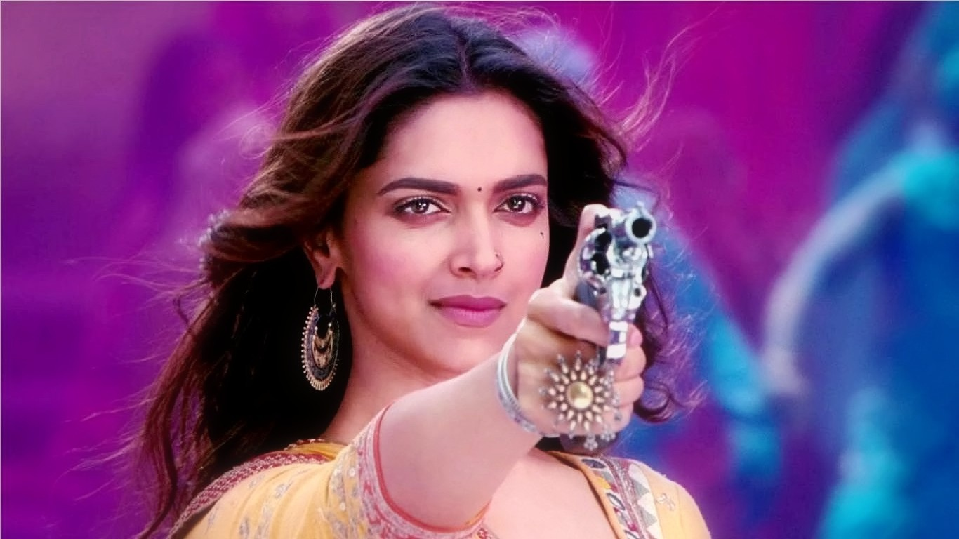 deepika_padukone_with_gun