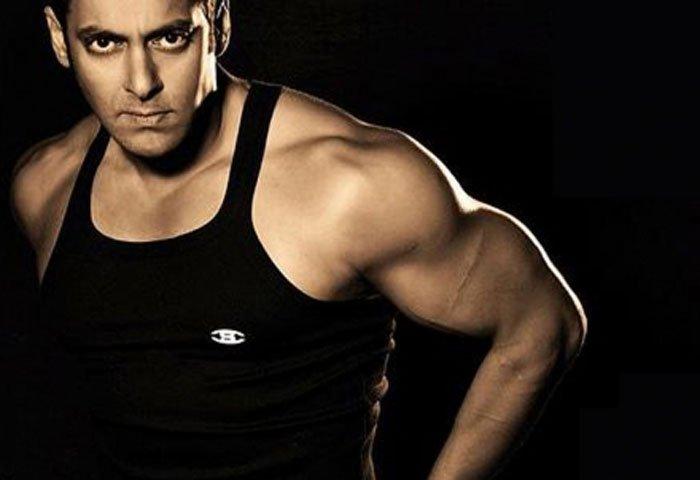 Salman-Khan-body-In-a-vest