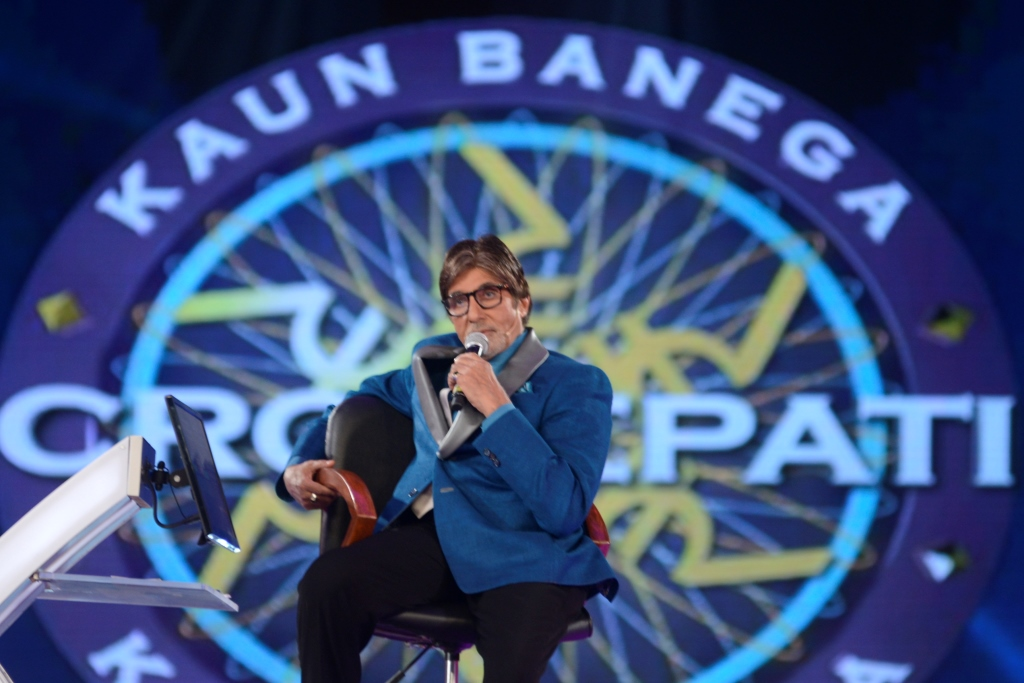 Host-Amitabh-Bachchan-recreating-the-Agneepath-aura-Kbc-season-8