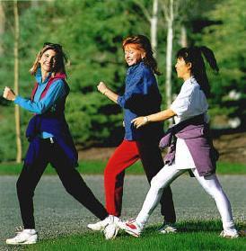 Women walking tellyportal