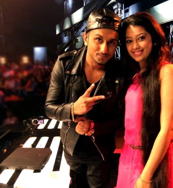 Digangana Suryavanshi with Yo Yo Honey Singh