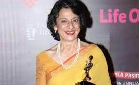 Veteran actress Tanuja